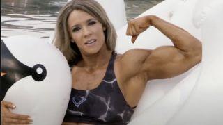 Kathy Garza Candid Pool Floatie Action   FEMALE BODYBUILDER!